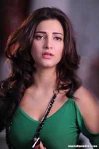 actress-shruthi-hassan-hot-stills-52